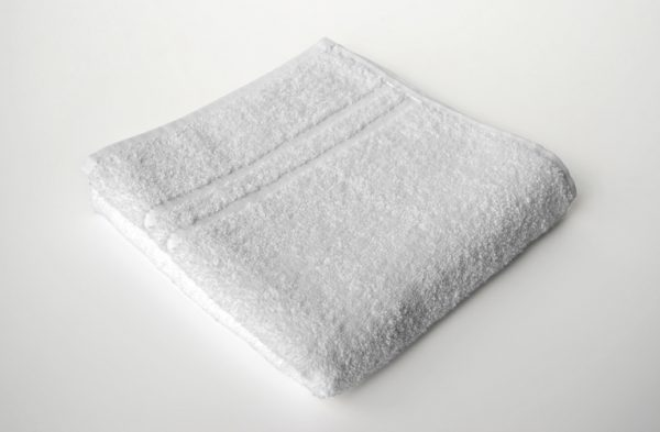 Hotel_Towel_001_white